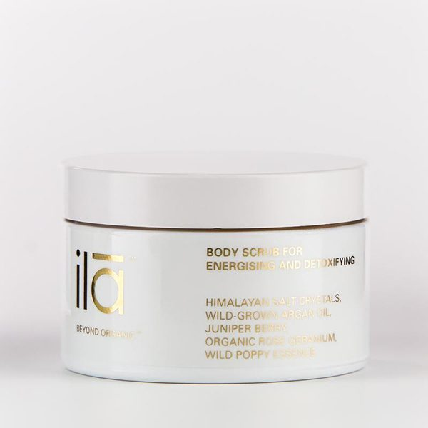 ila-body-scrub-for-energising-and-detoxifying-sarah-barrett