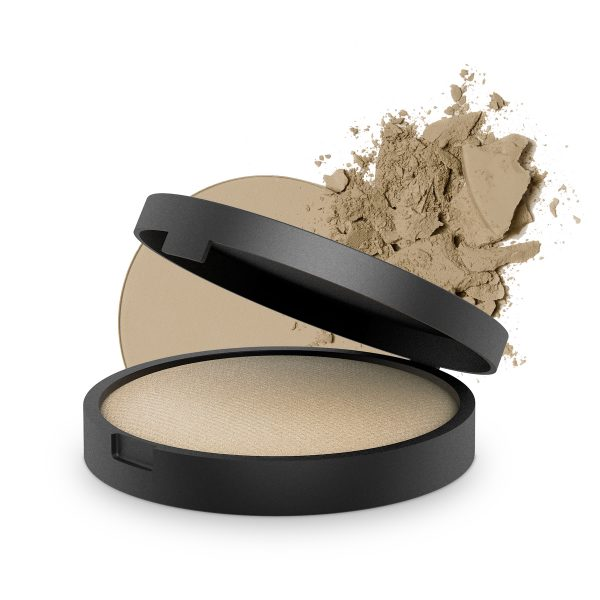 INIKA Baked Mineral Foundation Strength 8g With Product